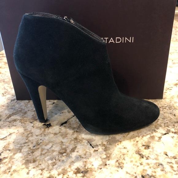 5ab36c1ae3f Adrienne Vittadini Black Suede Booties